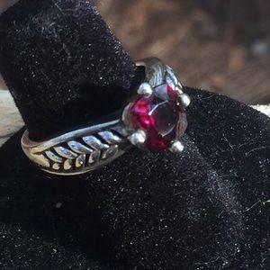 Sterling 925 Silver Garnet MJI Ring Size 5 1/2❤️❤️